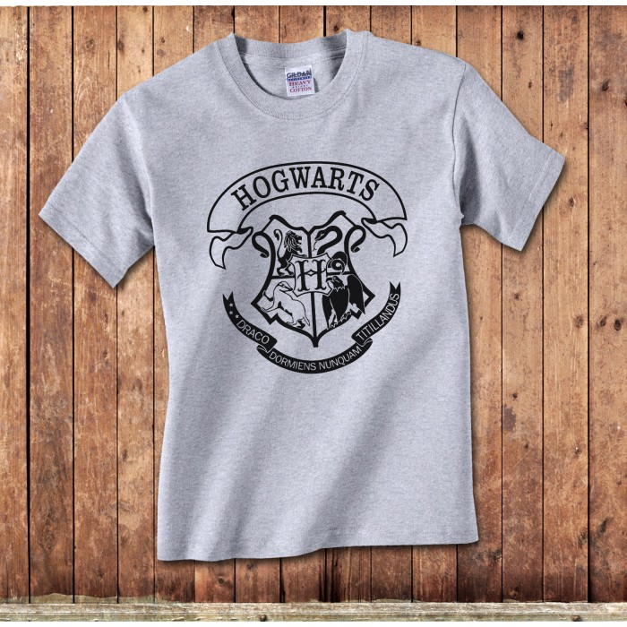 522a92d80ceb Hogwarts T-Shirt - inspired by Harry Potters school|Union 9